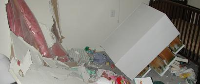 Car crash into apartment